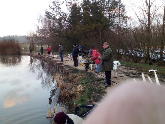 Beaucoup de pêcheurs pour l'ouverture du 7 mars 2020