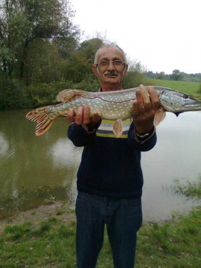 DANIEL un brochet de 67 cm pour 2kg400, le 8 octobre 2013