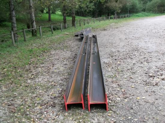 Les rails qui serviront de guide